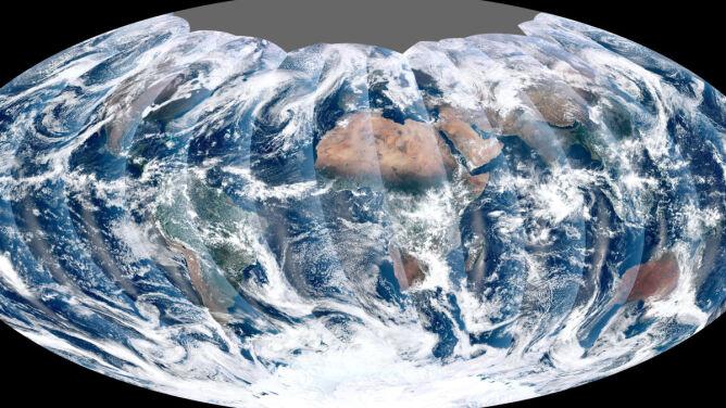 Superdokładny satelita i jego pierwsze globalne ujęcie Ziemi