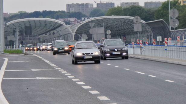 Samochody na moście Grota Lech Marcinczak /tvnwarszawa.pl